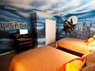 Paradise Palms townhome photo - Harry Potter theme room