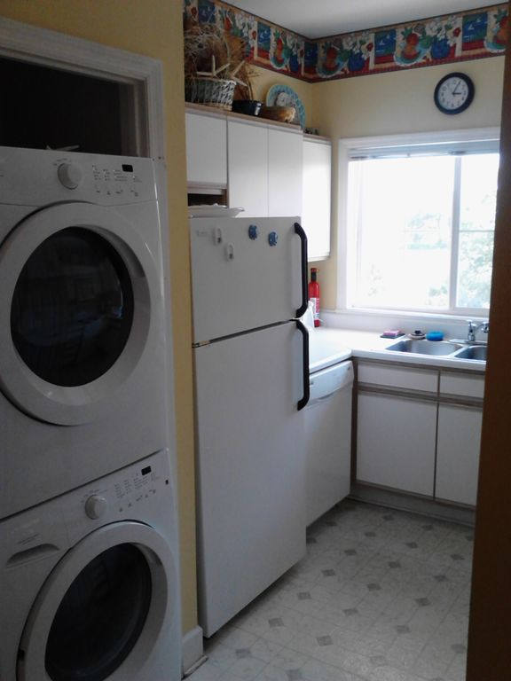 Kitchen picture 1 with front loading washer & dryer