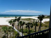 Newly renovated Lighthouse Towers Condo with spectacular views of Gulf!