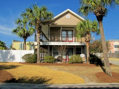 Destin cottage rental - Private Pool! Walk to the beach about 130 yards! No roads to cross!