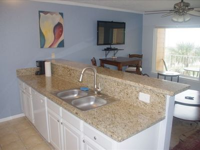 Granite counter tops.