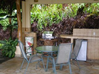 Dominical villa photo - Gas BBQ, and Cerveza fridge