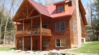 Rustic Appeal: timber frame, open and spacious, newer construction
