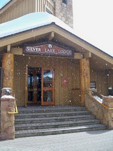 Entrance to Silver Lake Lodge