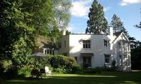 Group and Family Adventures In The Country Sleeps 19