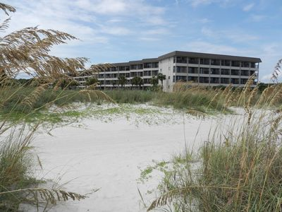 Hilton Head Island Beach & Tennis Resort is a family-oriented oceanfront resort