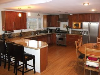 Redondo Beach house photo - This kitchen is great for hosting friends or just cooking a great meal!