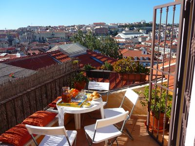 Castelo apartment rental - The roof terrace: plenty of sun, stunning views!