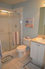 Palm Beach Gardens condo photo - Master Bath