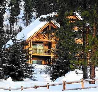 Lake Cle Elum cabin rental - 'THE Cabin Near Suncadia' winter view - Fun in the Snow! (Mountain View Cabin)