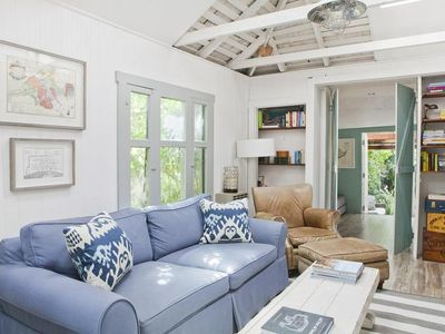 Cosy cottage from the 1900s two blocks from the ocean in Santa Monica