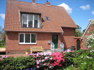 Modern, spacious 2-bedroom apartment, close to beach, directly in Burhave - Wattkante Hans & Grete