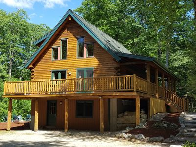 Beautiful Log Home in Suissevale on Lake Winnipesaukee with Beach Access