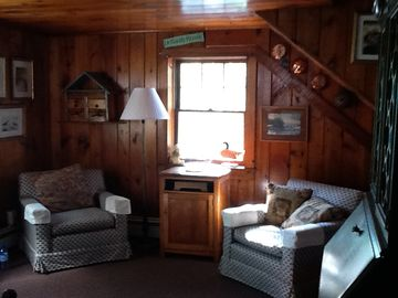 Country Kitchen/ Family room