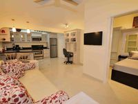 Jaco Beach Newly remodeled condo close to the beach!