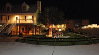 Gulf Shores bungalow photo - Nantikis Grand Entrance wit all new Landscaping great area for crocket,