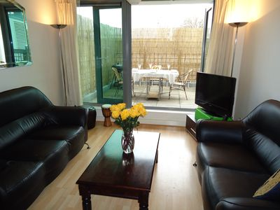 Putney & Wandsworth apartment rental - Living Room and Terrace for dining