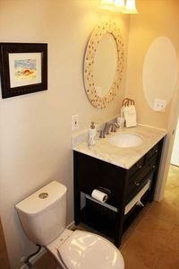 Kailua Kona house rental - New Bathroom