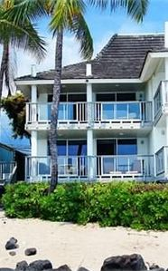 Oceanfront Kailua Kona Hawaii Vacation Rental House On White Sandy Beach