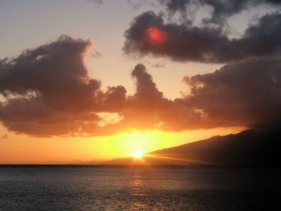 You experience the Napili Bay Sunset that awaits your arrival.