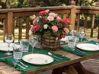 Mariposa chalet photo - An intimate dinner on the deck with good friends as the day begins to fade.
