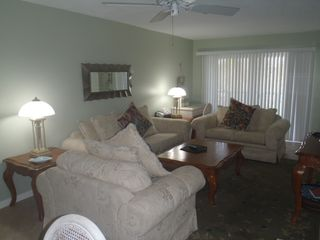 Sanibel Island condo photo - Living area
