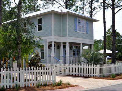 Idyll Pond Cottage, Coastal Chic At Its Best In The Heart Of Seagrove Beach!