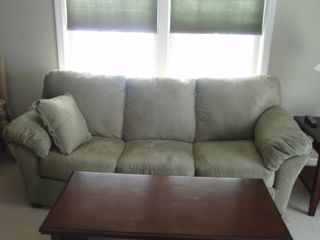 Laconia townhome photo - Pull out couch has a very comfortable bobopedic.