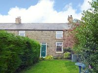4 HARROGATE COTTAGES, family friendly in Longframlington, Ref 913529