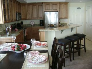 Belmont Towers Ocean City condo photo - Dining Room/Kitchen
