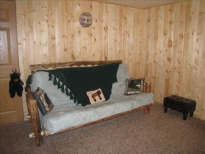Log Queen futon, additional sleeping accommodation in large lower level bedroom