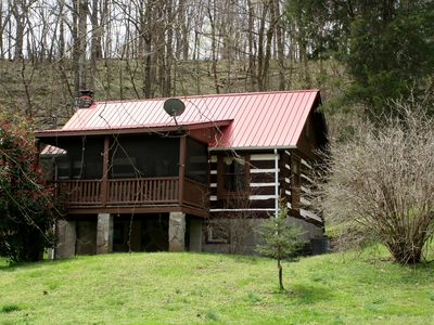 Cozy cabin in Tennessee horse country