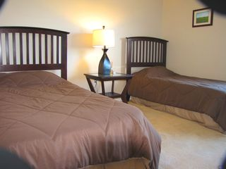 Laconia condo photo - Twin bedroom