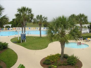 Harbor Island Beach & Tennis Club pool and kiddie pool