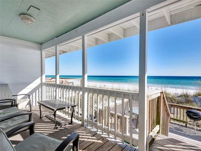 Free Seasonal Beach Service! Beach Front Townhouse with Plenty of Deck Space!