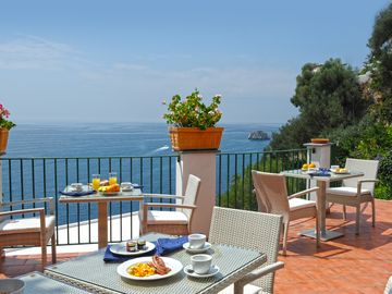 terrace for relaxing breakfast