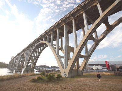 Yaquina Bridge and Rogue Brewery near the Sail Inn