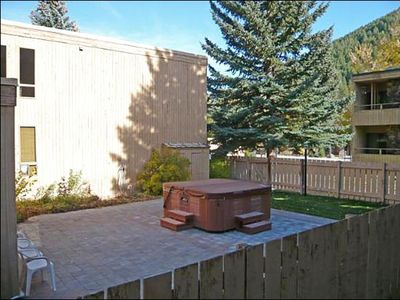 Ketchum condo rental - Fenced in Hot Tub
