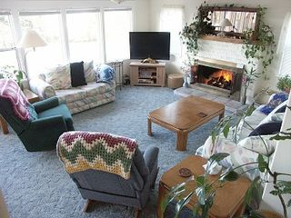 Depoe Bay townhome photo - 30 Ft. ocean view windows, 46in HD, LCD, TV,