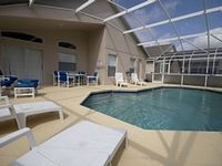 Luxury Orlando Villa With Private Pool And Games Room In Westbury