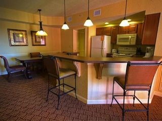 Lake Buena Vista condo photo - Kitchen and Dining Area