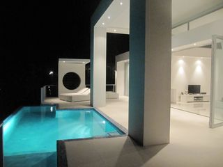 Curacao villa photo - Villa at night