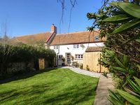 THE COTTAGE, pet friendly, with a garden in Cannington, Ref 26703