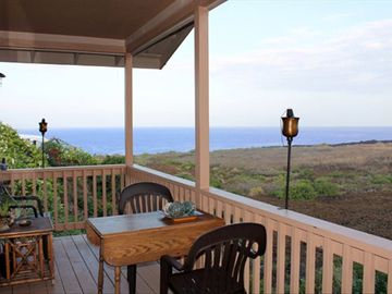 Captain Cook house rental - Lanai with ocean and mountain views. Watch and lis