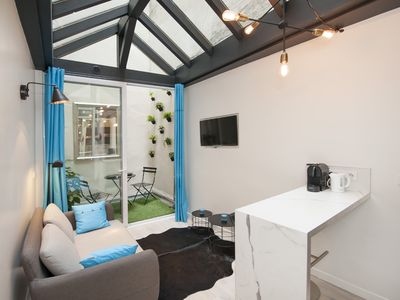 1 bedroom in rue Saint Honoré, AC, high range fursnishes