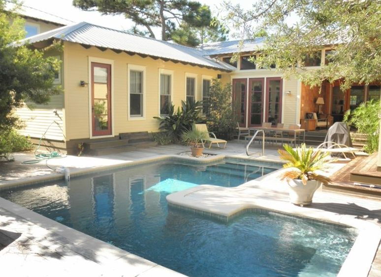 Serenity Oaks, Close to the Beach and Seaside- Private Heated Pool
