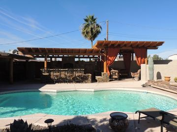 Apache Junction house rental - Outdoor Kitchen/Living Area