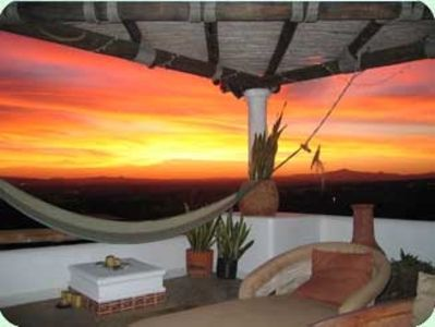 Stunning Sunsets can be taken in from ground, main, roof and new sky-decks !!