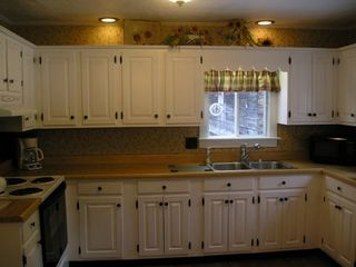 Pittsburg house photo - Country kitchen