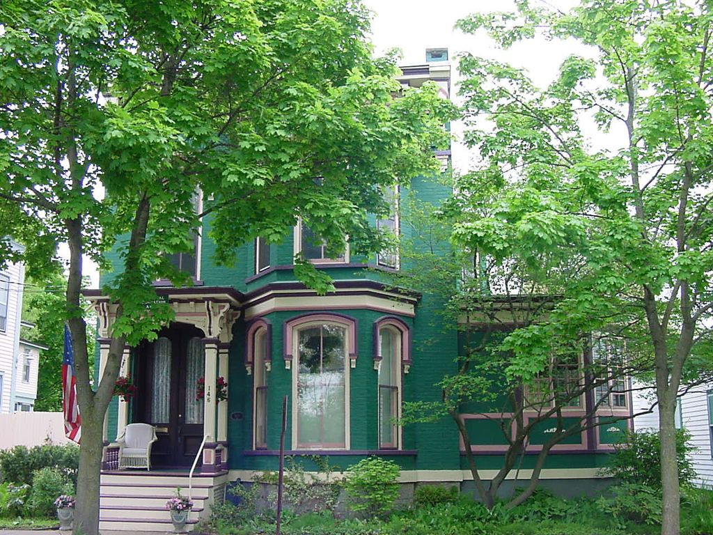 Luxury victorian vacation holiday spac vrbo for Vacation rentals in saratoga springs ny